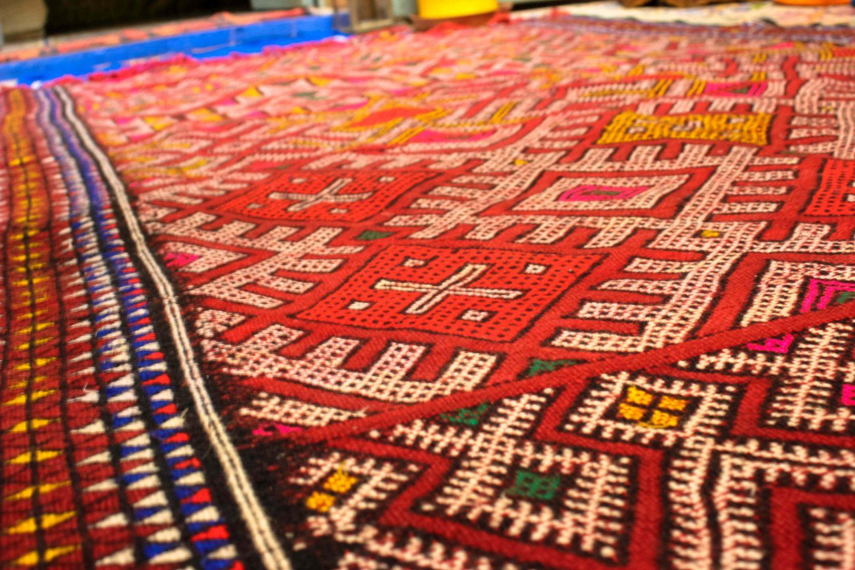 Geometric Kilim Moroccan Carpets / So Morocco